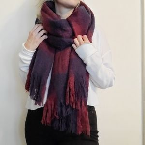 H&M Oversized Plaid Scarf with Fringe NWT